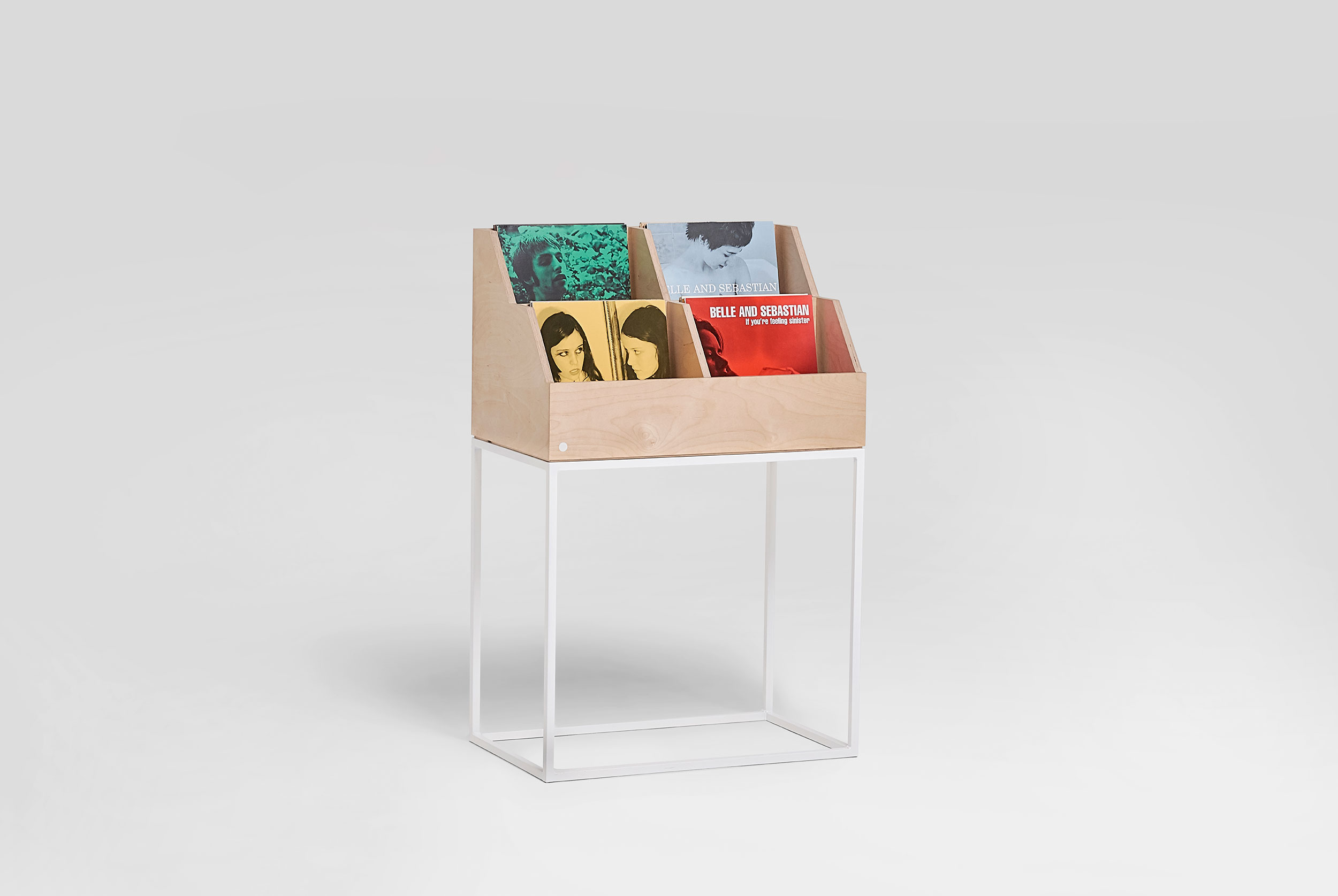 vinyl-stack-display-stand